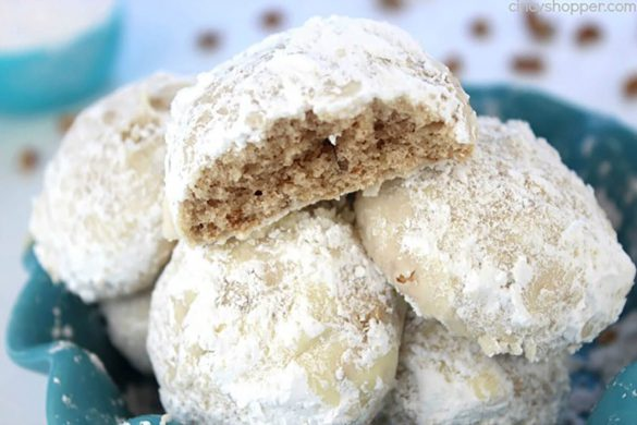 21. Snowball Cookies Christmas Recipe