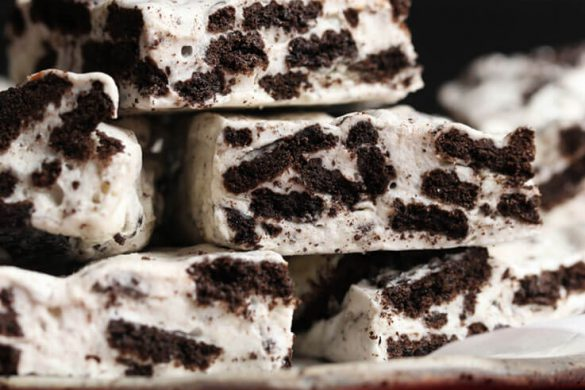 28. Cookies And Cream Marshmallow Bars Christmas Recipe