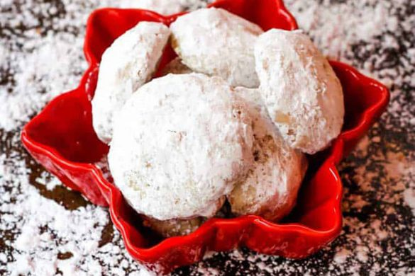 39. Toffee Almond Snowball Cookie Christmas Recipe