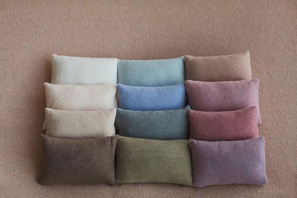 16. Newborn Pillow Prop