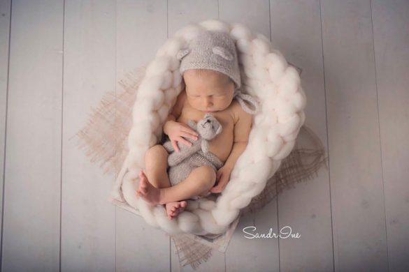 29. Newborn Hat And Diaper Cover (2)