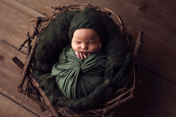 32. Newborn Wrap