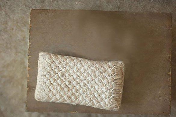 51. Newborn Pillow Prop 2